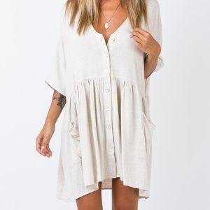 Dresses & Skirts - beige flowy dress
